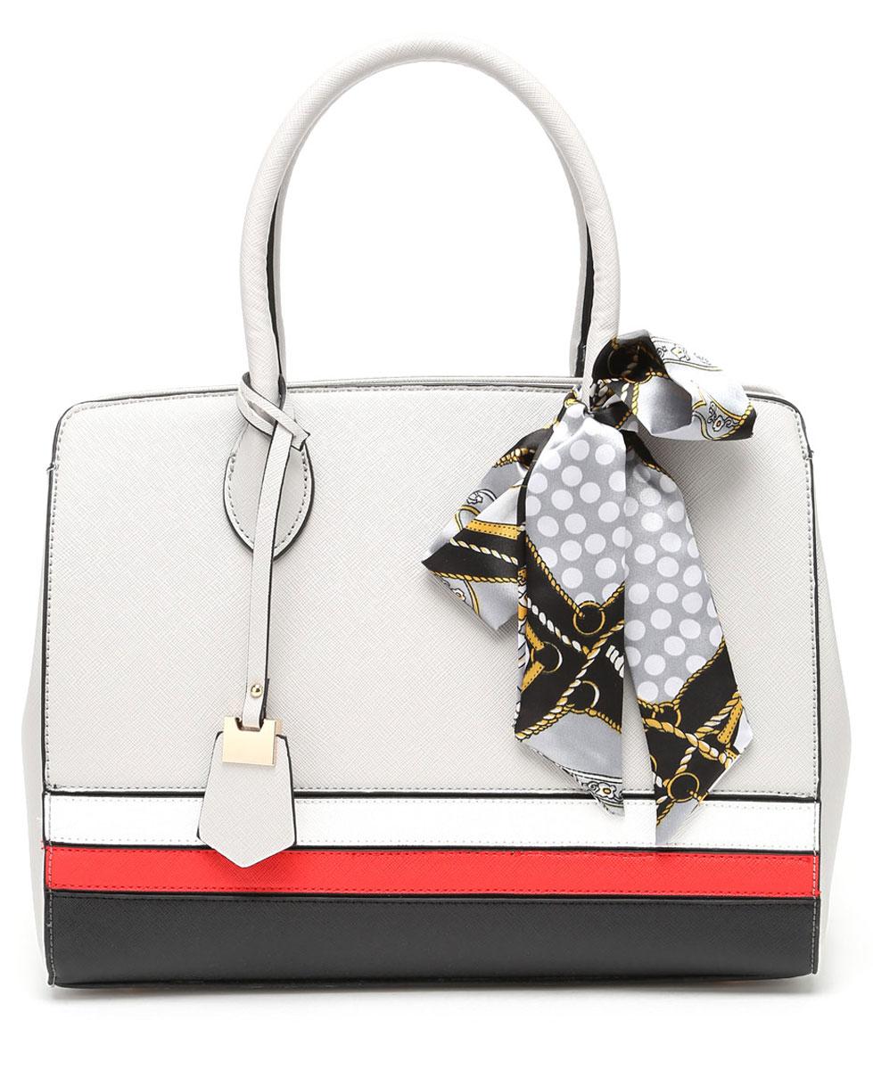 Сумка женская DDA, цвет: светло-серый. HD-3002HD-3002 GreyЭлегантная женская сумка DDA изготовлена из качественной экокожи. Полосы на лицевой части сумки выполнены из экокожи контрастного цвета. Модель закрывается на застежку-молнию. Сумка содержит одно отделение, разделенное карманом-средником на молнии. Внутри отделения расположены два открытых накладных кармана и один врезной на молнии. С внешней задней стороны сумки - врезной карман на застежке-молнии. Модель декорирована ярким текстильным бантом и подвеской в тон сумке. Сумка оснащена съемным плечевым ремнем, регулируемым по длине.