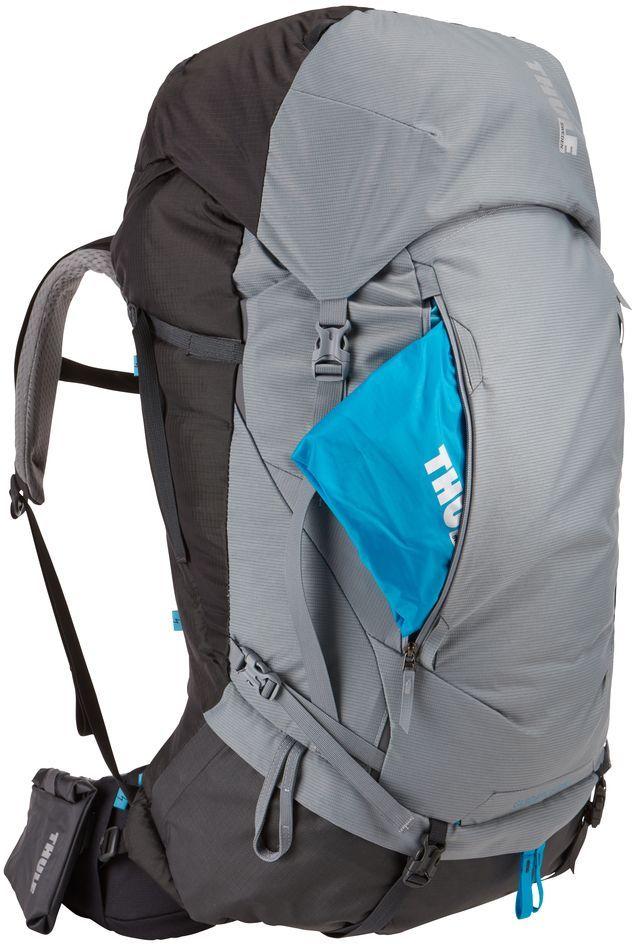 Рюкзак туристический женский Thule Guidepost, цвет: серый, 75 лa026124Удобный женский рюкзак для длительных путешествий Thule Guidepost с объемом 75 л отличается настраиваемой системой крепления TransHub, обеспечивающей идеальную посадку, поворачивающимся набедренным ремнем, который позволяет рюкзаку повторять ваши движения, и крышкой, способной трансформироваться в дополнительный рюкзак, который поможет вам покорить любую вершину.Лямки с шагом 15 см легко регулируются для идеальной посадки рюкзака, а наплечные ремни QuickFit имеют три варианта длины.Система крепления Transhub и усиленный поясной ремень помогают максимально перенести вес рюкзака на бедра, обеспечивая более удобную посадку.За счет поворотного поясного ремня рюкзак повторяет ваши движения, обеспечивая более естественную ходьбу.Съемный верхний клапан трансформируется в отдельный просторный рюкзак объемом 28 л.Съемный всепогодный сворачивающийся карман VersaClick защищает снаряжение от непогоды.Регулируемый поясной ремень совместим со взаимозаменяемыми аксессуарами VersaClick (продаются отдельно).Яркий съемный дождевой чехол поможет сохранить вещи сухими во время проливного дождя.Разместив внешний аккумулятор в отделении PowerPocket, можно на ходу заряжать мобильное устройство в кармане поясного ремня.Удобный доступ к содержимому рюкзака благодаря большой J-образной застежке на молнии на боковой панели.Дышащая задняя панель способствует лучшей циркуляции воздуха, а мягкая опора обеспечивает поддержку в главных точках соприкосновения.