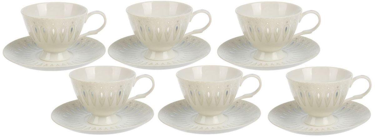 Сервиз чайный Доляна Эви, 12 предметов1610266Новый сервиз привнесёт в интерьер нотки нежности. Элегантные изделия из высококачественной керамики станут украшением вашего стола на долгие годы. Достоинства: материал сохраняет тепло в течение долгого времени; классический дизайн придётся по вкусу ценителям всего необычного; гладкая поверхность легко отмывается. Чтобы посуда радовала безукоризненным внешним видом как можно дольше, следуйте простым правилам ухода: мойте вручную; пользуйтесь мягкими губками; избегайте ударов и падений изделий.