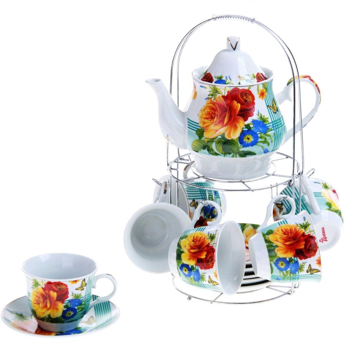 Набор чайный Доляна Мари, 13 предметов240612Какую посуду выбрать для чаепития? Конечно, традиционный напиток по необходимости можно пить и из помятой алюминиевой кружки. Но все-таки большинство хозяек стараются приобрести изящные и оригинальные модели для эстетического наслаждения неповторимым вкусом и тонким ароматом хорошего чая. Кухонная керамика сочетает в себе бытовую практичность и декоративную утонченность. Нарядный комплект обязательных для чаепития атрибутов изготовлен на родине древнего напитка и привнесет в каждую трапезу особую энергетику.
