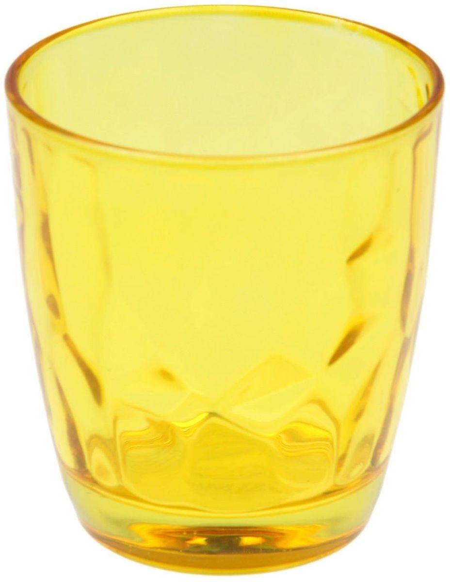 Стакан Доляна Венский вальс, цвет: желтый, 260 мл335144Стеклянные изделия серии «Венский вальс» подходят для повседневного использования. Стакан из стекла, окрашенного в яркий цвет методом напыления, порадует каждого ценителя оригинальности. Достоинства: оригинальный дизайн делает предметы украшением интерьера; материал не впитывает запахов; поверхность легко отмывается. Чтобы предметы радовали внешним видом как можно дольше, соблюдайте правила ухода: мойте только вручную; избегайте использования высокоабразивных средств и металлических губок; не допускайте падений и ударов. Окружайте себя красивой посудой и будьте в хорошем настроении!