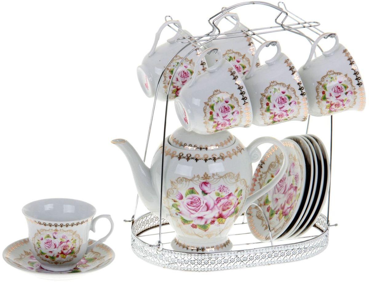 Сервиз чайный Доляна Затейница, 13 предметов867790Какую посуду выбрать для чаепития? Конечно, традиционный напиток по необходимости можно пить и из помятой алюминиевой кружки. Но все-таки большинство хозяек стараются приобрести изящные и оригинальные модели для эстетического наслаждения неповторимым вкусом и тонким ароматом хорошего чая. Кухонная керамика сочетает в себе бытовую практичность и декоративную утонченность. Нарядный комплект обязательных для чаепития атрибутов изготовлен на родине древнего напитка и привнесет в каждую трапезу особую энергетику.