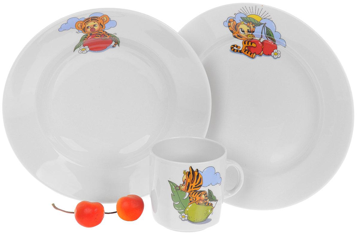 Набор детской посуды Фарфор Вербилок Тигрята, 3 предмета. 1813152018131520_яблоко,грушаНабор посуды Тигрята изготовлен из высококачественного экологически чистого фарфора с глазурованный покрытием. В набор входят 3 предмета: кружка детская, обеденная тарелка и тарелка для супа. Посуда оформлена красочными рисунками. Набор, несомненно, привлечет внимание вашего ребенка и не позволит ему скучать. Порадуйте своего ребенка этим замечательным набором! Диаметр кружки (по верхнему краю): 7 см. Высота кружки: 7,5 см. Диаметр тарелки для супа: 19,5 см. Высота тарелки для супа: 4 см. Диаметр обеденной тарелки: 20 см. Высота обеденной тарелки: 2,5 см.