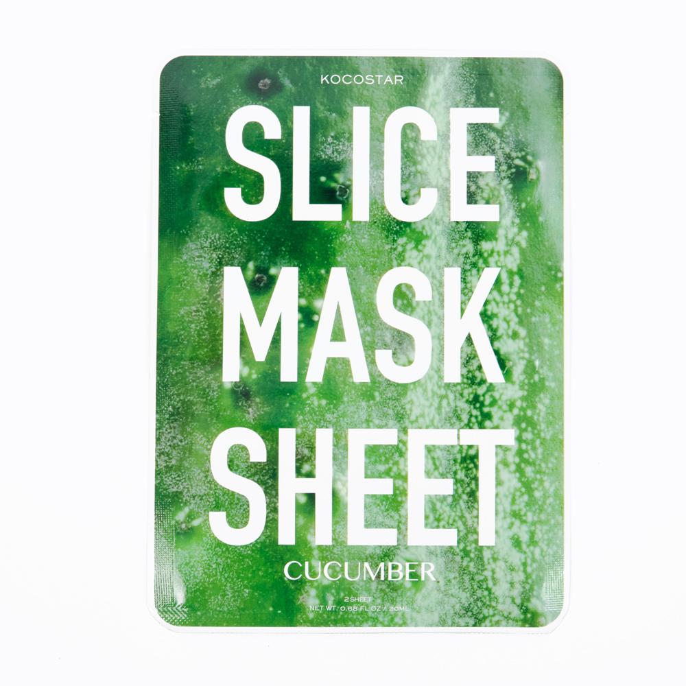 Kocostar Маска-слайс для лица Огурец, 20 мл / Slice Mask Sheet (Cucumber)20-0009Наполнить кожу энергией и свежестью, вдохнуть в нее новую жизнь - возможно! Оригинальная и очень эффективная маска в виде сочных тонких ломтиков огурца освежит, улучшит состояние кожи, придаст ей здоровый цвет и активизирует защитные свойства. Витамин С в составе маски снимает отечность, а гиалуроновая кислота обеспечит глубокое увлажнение. Экстракт Алоэ Вера восстановит раздраженную кожу за счет своих заживляющих и восстанавливающих свойств, а также поможет сохранить кожу молодой и здоровой. За счет своего мягкого воздействия маска-слайс подходит для любого типа кожи, даже чуствительной.