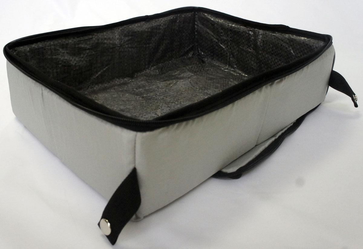 Лоток-туалет дорожный, складной Шоу-Петс, цвет: хаки, 40 х 50 х 11 см. ЛДСХ3ЛДСХ3Дорожный складной лоток имеет крышку, которая по периметру застегивается на молнию и полностью исключает выпадение крошек наполнителя, а так же изолирует запах. Такой дорожный лоток удобно использовать в транспорте, на выставке, в отеле и на даче, лоток легко стирается в стиральной машине и быстро сохнет. Внутренний материал выполнен из специального ламинированного нейлона, что исключает возможность для животного зацепиться когтем при копании наполнителя в лотке. В сложенном виде лоток фиксируется специальной стропой на кнопку и практически не занимает место.