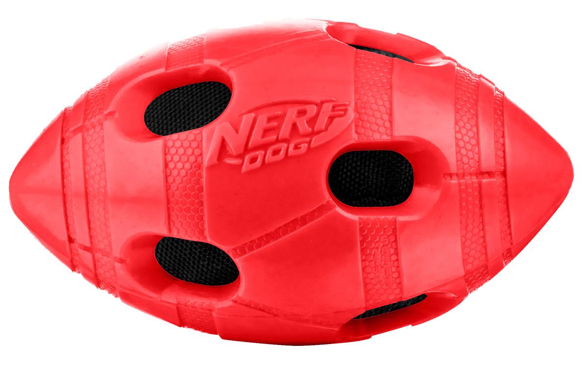 Игрушка для собак Nerf Мяч для регби, 10 см22330Мяч-регби с нейлоновым хрустящим мячом внутри! Высококачественные прочные материалы, из которых изготовлена игрушка, обеспечивают долговечность использования! Звук мяча дополнительно увлекает собаку игрой! Яркие привлекательные цвета! Игрушки Nerf Dog представлены в различных сериях в зависимости от рисунка, фактуры и материала, из которого они изготовлены (резина, ТПР, нейлон, пластик, каучук). Размер: 10 см, S.