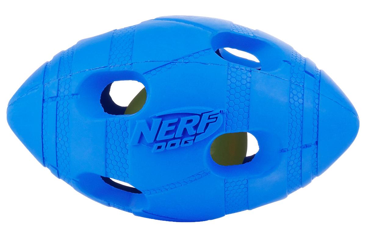 Игрушка для собак Nerf Мяч для регби, светящийся, 13,5 см22651Мяч-регби из двух словев прочной резины с отверстиями и LED-лампой внутри! LED при ударе начинает мигать, что приводит собаку в восторг, вдохновляя на игру! Оптимально для игры в темное время суток! Подходит собакам с мощной челюстью! Интересный рельефный рисунок! Размер: 13,5 см, M.