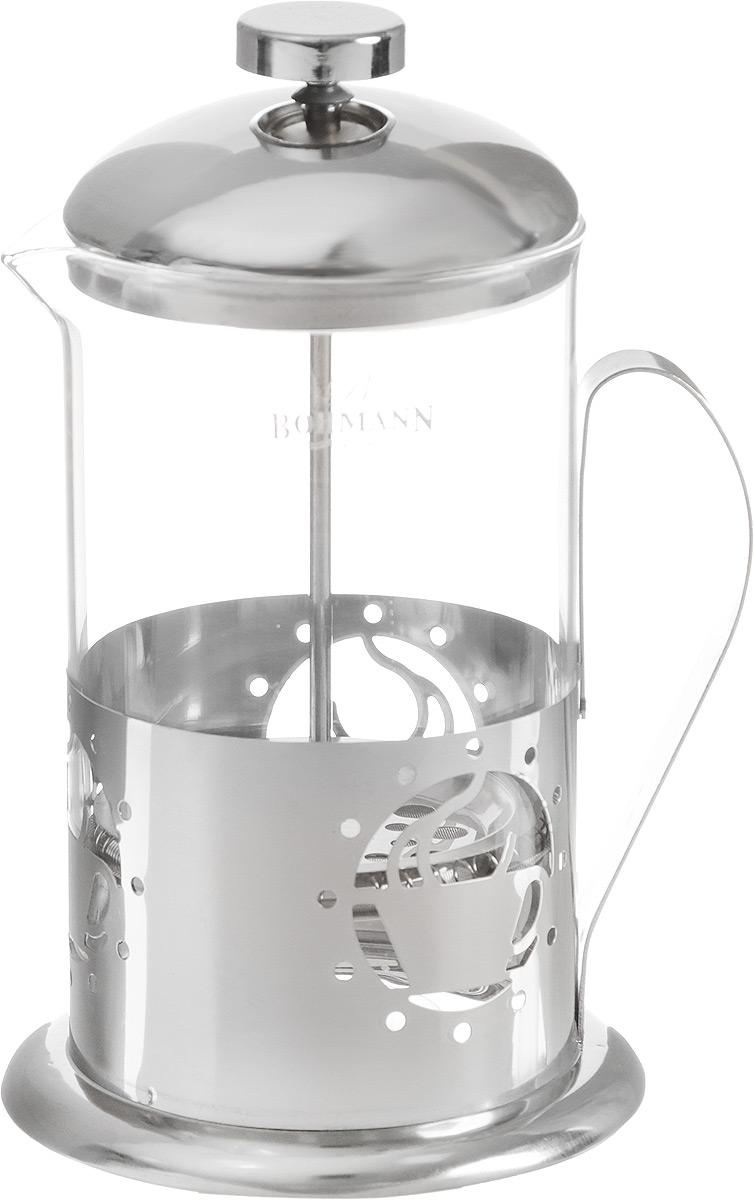 Френч-пресс Bohmann Чашка, 800 мл9580BH_чашкаФренч-пресс Bohmann предназначен для чая или кофе. Металлический корпус украшен резным узором. Колба объемом 800 мл выполнена из термостойкого стекла, устойчивого к высоким температурам. Удобный пресс-фильтр надежно удерживает заварку на дне. Диаметр (по верхнему краю): 9 см. Высота: 27 см.