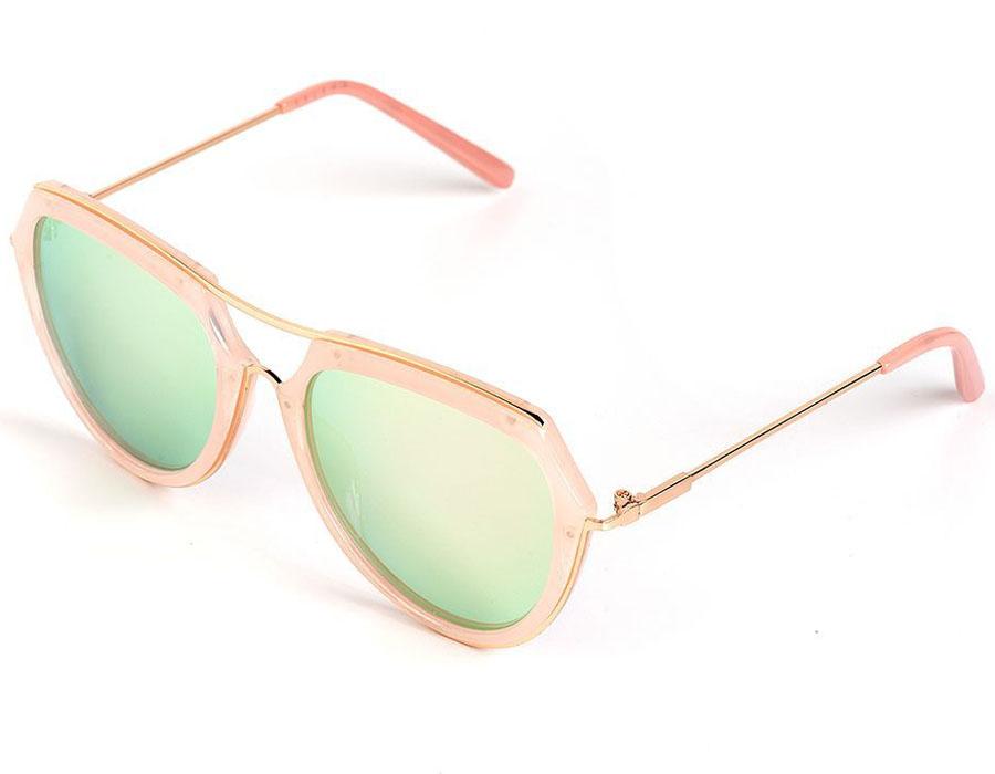 Очки солнцезащитные женские Selena, цвет: розовый. 80035781BM8434-58AEСолнцезащитные женские очки Selena выполнены из качественного материала. Линзы очков обеспечивают 100% защиту от ультрафиолетовых лучей.Такие очки защитят глаза от ультрафиолетовых лучей, подчеркнут вашу индивидуальность и сделают ваш образ завершенным.Размер (ширина линзы*ширина моста-длина дужки) 56*20-140.