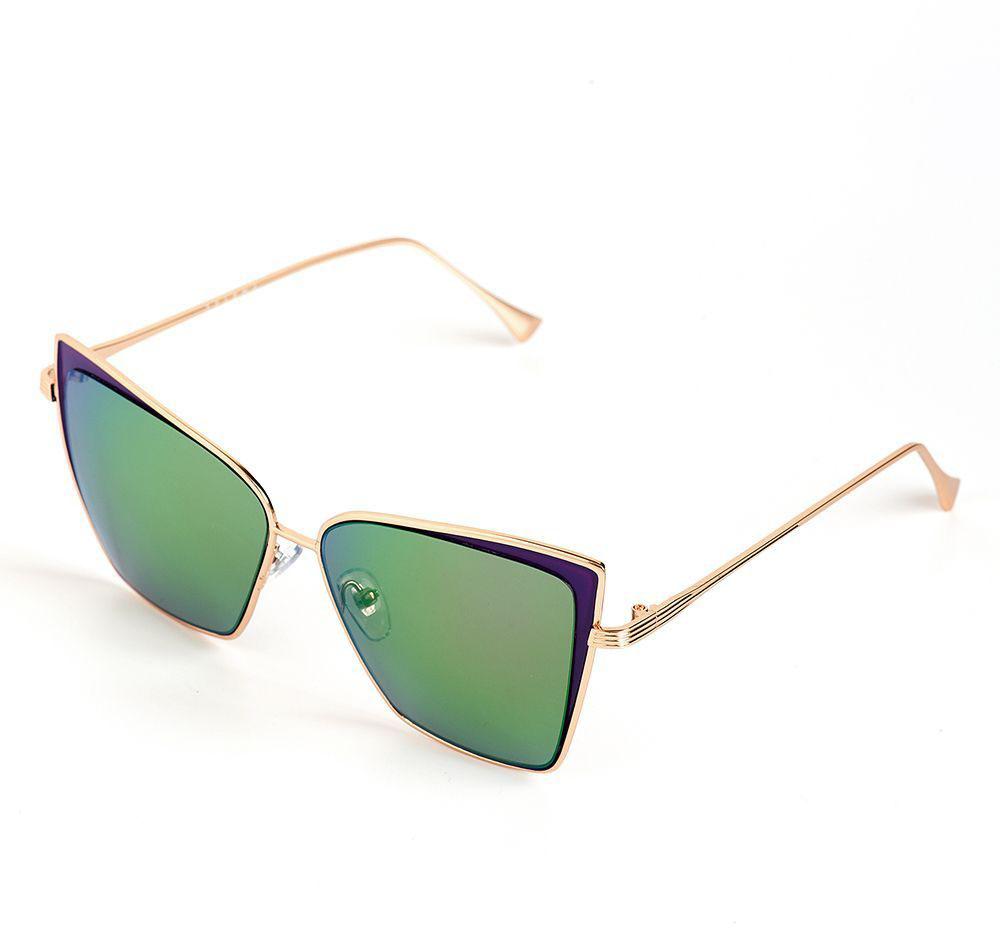 Очки солнцезащитные женские Selena, цвет: зеленый, золотистый, фиолетовый. 80036411INT-06501Солнцезащитные женские очки Selena выполнены из качественного материала. Линзы очков обеспечивают 100% защиту от ультрафиолетовых лучей.Такие очки защитят глаза от ультрафиолетовых лучей, подчеркнут вашу индивидуальность и сделают ваш образ завершенным.Размер (ширина линзы*ширина моста-длина дужки) 53*17-146.