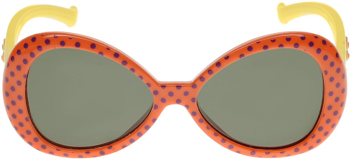 Очки солнцезащитные детские Vitacci, цвет: оранжевый. 13808-15TL-49-PJСтильные солнцезащитные очки Vitacci выполнены из пластика.Линзы дополнены защитой от ультрафиолетового излучения. Оправа очков легкая, прилегающей формы и обеспечивает максимальный комфорт.Такие очки станут прекрасным и модным аксессуаром и порадуют вашего ребенка.