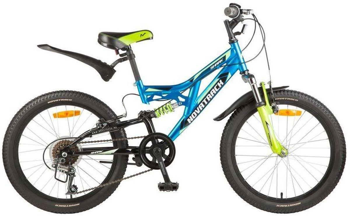 Велосипед детский Novatrack Shark, цвет: синий, 20MHDR2G/AВелосипед Shark 20'' – это мечта любого мальчишки 7-10 лет. Это легко управляемый велосипед-двухподвес, который станет предметом гордости и постоянным спутником во время летних прогулок. Велосипед укомплектован по полной программе: передний и задний амортизаторы, 6 скоростей, надежные тормоза типа V-brake, катафоты и крылья. Велосипед оснащен мягким регулируемым седлом, которое обеспечит удобную посадку во время катания. Руль велосипеда также регулируется по высоте, благодаря чему велосипед долго будет соответствовать росту ребенка. Shark 20'' самая подходящая модель для катания не только во дворе, но и в парках, а также за городом.