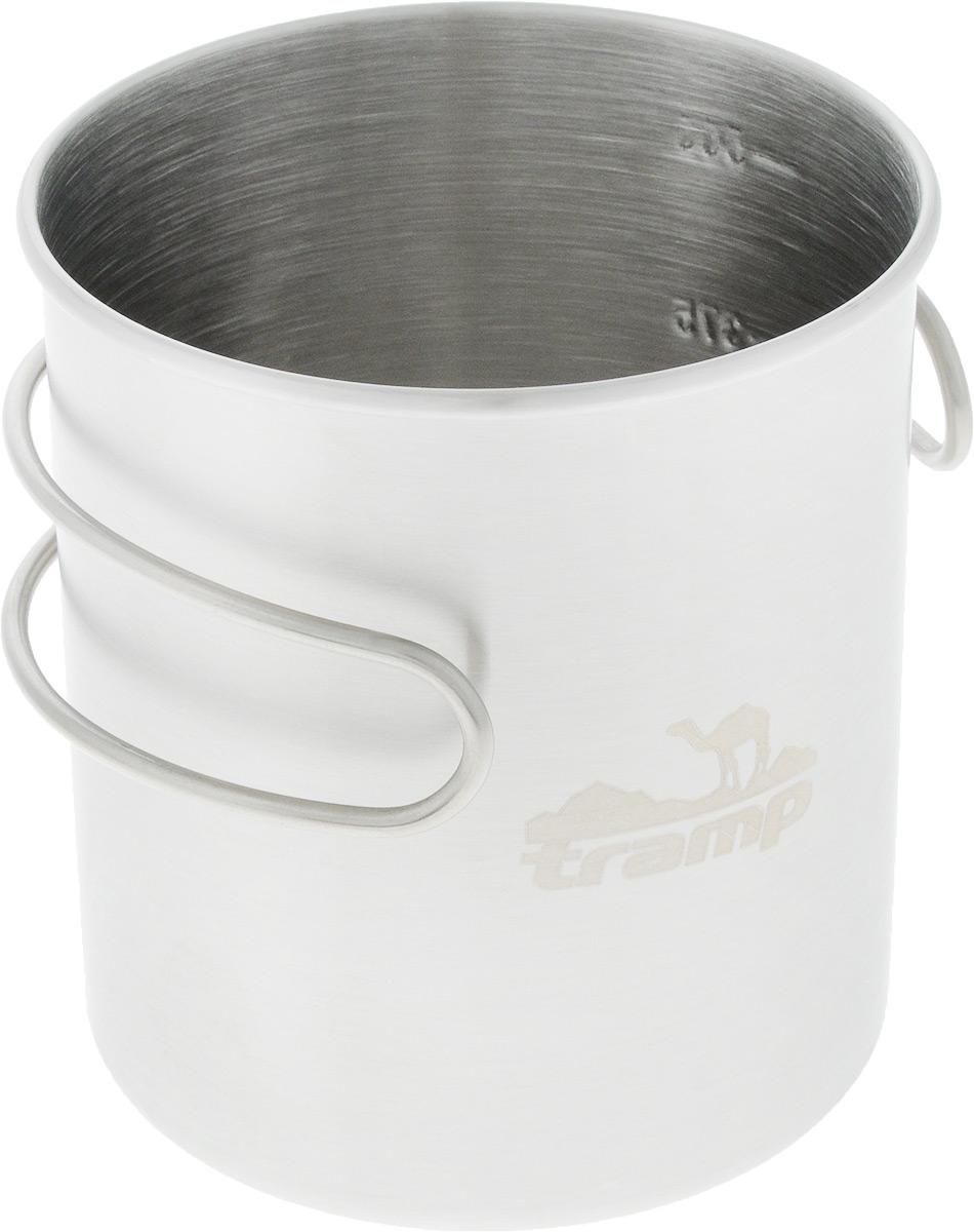 Кружка Tramp, со складными ручками и мерной шкалой, 500 млa026124Кружка Tramp изготовлена из долговечной нержавеющей стали. Ее удобно использовать для приготовления еды на горелке. Можно быстро перекусить по дороге или подогреть остывший чай. На стенке имеется шкала объема.Объем: 500 мл.Диаметр по верхнему краю: 9 см.Высота стенки: 9,5 см.