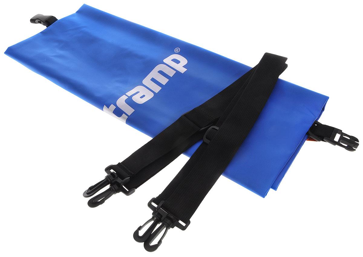 Гермомешок Tramp, цвет: синий, 50 л. TRA-0688416Гермомешок предназначен для транспортировки вещей и снаряжения на охоте, рыбалке, в туристических походах, на водных прогулках и их защиты от намокания (во время дождя или падении в воду/грязь). В сложенном виде очень компактный (поместится в карман рюкзака), имеет небольшой вес и в то же время крайне вместительный за счет 100% использования объема мешка. Материал ПВХ, из которого изготовлен мешок, прочный и 100% влагонепроницаемый.Прилагаются две съемные стропы-лямки для переноски на спине. Габаритный размеры мешка в разложенном виде: 70 х 32 см. Материал - ПВХ 500D, 580 гр/м.кв.Объем: 50 л.