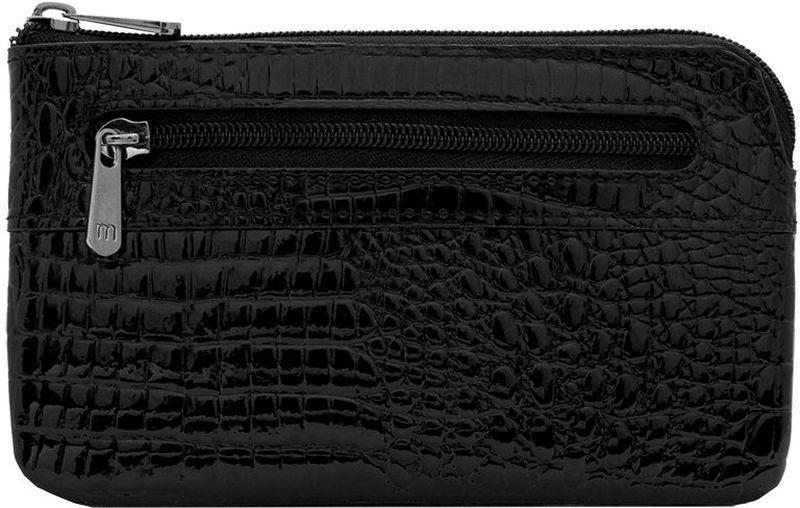 Ключница Malgrado, цвет: черный. 50501-4650501-46Стильная ключница Malgrado изготовлена из натуральной лакированной кожи с тиснением под рептилию и имеет одно отделение на застежке-молнии. Внутри - цепочка с металлическим кольцом для ключей. На задней стенке расположен кармашек на застежке-молнии. Ключница упакована в коробку из плотного картона с логотипом фирмы. Характеристики: Материал: натуральная кожа, металл, текстиль. Размер ключницы: 13 см x 7,5 см х 1 см. Цвет: черный. Размер упаковки: 13,5 см x 10 см x 3,5 см. Артикул: 50501-46.