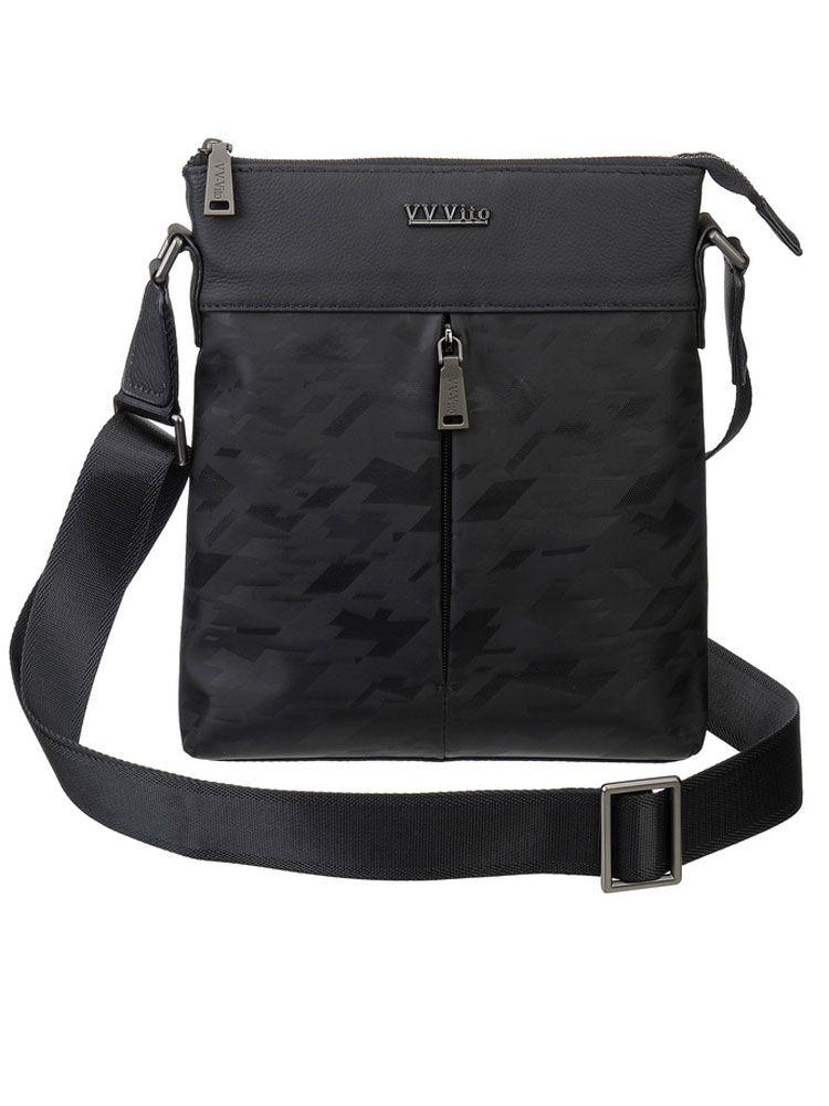 Сумка мужская Vera Victoria Vito, цвет: черный. 35-709-13-47670-00504Стильная и компактная мужская сумка на плечо Vera Victoria Vito представлена в черном цвете! Великолепный дизайн выполнен очень лаконично, учитывая все потребности современного делового мужчины. Несмотря на небольшие размеры, эта модель способна вместить все Ваши самые необходимые ценности. Модель отличается высокой практичностью и надёжностью за счет превосходного текстиля с отделкой из натуральной кожи. Закрывается на молнию. Длинная ручка очень удобно регулируется по нужной Вам длине. Два небольших внешних кармана на молнии позволит быстро найти мелкие предметы, не открывая основное отделение. Внутри один отдел, карман на молнии и карман для мелочей. Позвольте себе брать всё необходимое с собой!