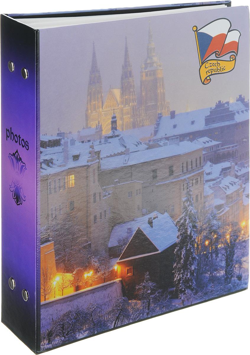 Фотоальбом Pioneer Eurotrip, 200 фотографий, цвет: фиолетовый, 10 x 15 см46326 PP-46200Фотоальбом Pioneer Eurotrip поможет красиво оформить ваши самые интересные фотографии. Обложка из толстого ламинированного картона оформлена принтом с Чехией. Фотоальбом рассчитан на 200 фотографии форматом 10 x 15 см. Внутри содержится блок из 50 листов с окошками из полипропилена, одна страница оформлена двумя окошками для фотографий. Такой необычный фотоальбом позволит легко заполнить страницы вашей истории, и с годами ничего не забудется. Тип обложки: картон. Тип листов: полипропиленовые. Тип переплета: высокочастотная сварка. Материалы, использованные в изготовлении альбома, обеспечивают высокое качество хранения ваших фотографий, поэтому фотографии не желтеют со временем.