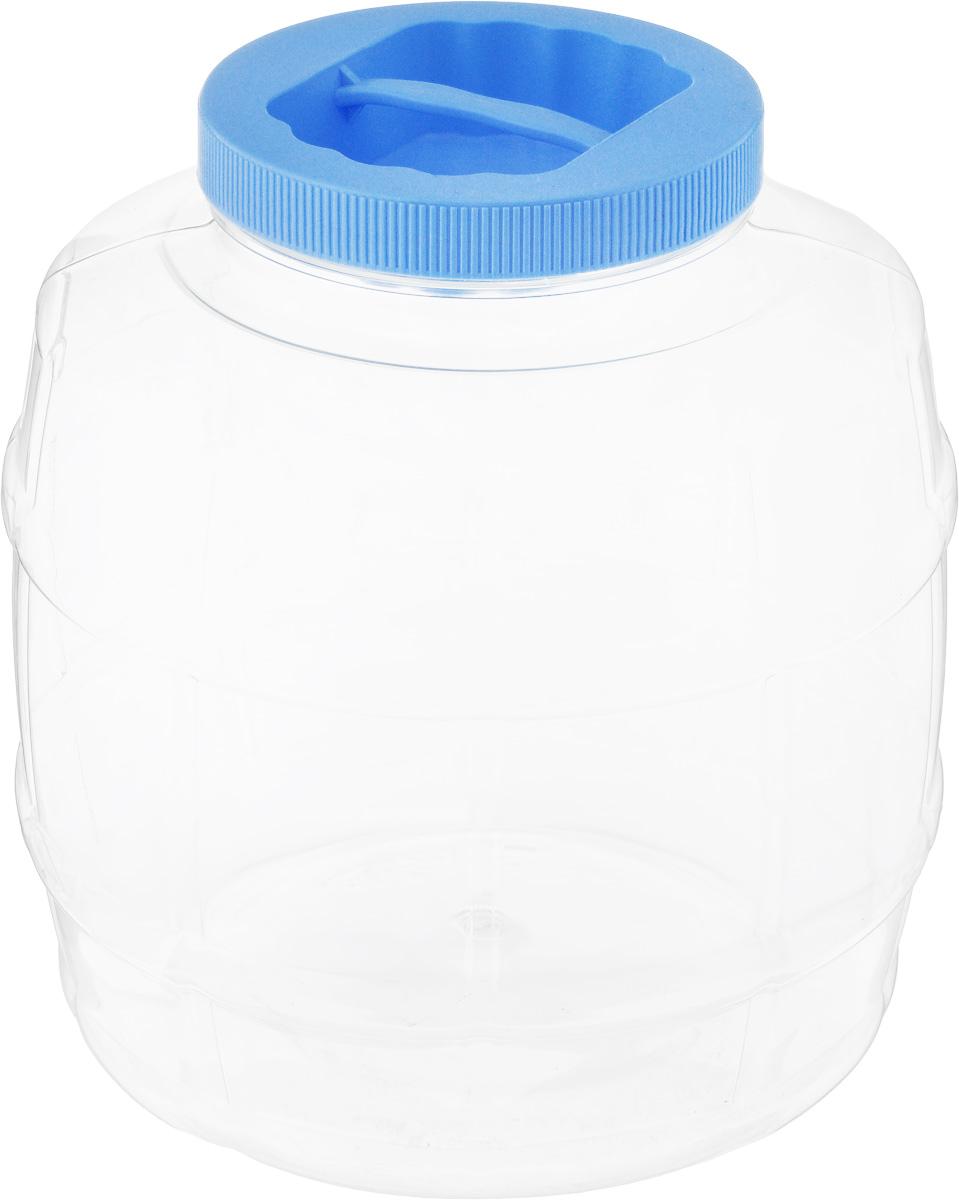 Банка Альтернатива Бочонок, цвет: голубой, прозрачный, 5 лМ672_голубойБанка Альтернатива Бочонок, выполненная из высококачественного пластика, предназначена для хранения сыпучих продуктов или жидкостей. Крышка оснащена ручкой для удобной переноски. Высота банки (с учетом крышки): 21 см. Диаметр (по верхнему краю): 10,5 см.