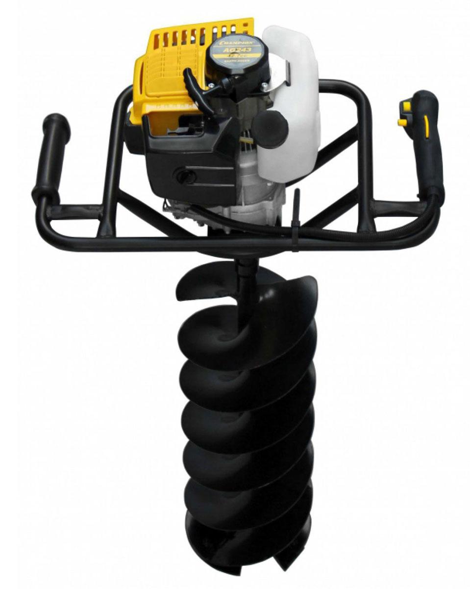 Мотобур Champion AG243AG243Без мотобура CHAMPION AG243 невозможна посадка крупных растений, установка заборов и ограждений и зимняя рыбалка. Благодаря двухтактному бензиновому двигателю мощностью 1,7 л.с. инструмент просверливает отверстия в различных земных поверхностях. Эффективное воздушное охлаждение мотора обеспечивает длительную бесперебойную работу. Вибрации двигателя частично гасятся за счет прорезиненных рукояток. На них так же располагаются элементы управления двигателем. Особенности: Передаточное число 40:1 Диаметры применяемых шнеков 80мм, 100мм, 150мм, 200мм В комплекте шнек d=150мм