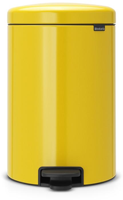 Мусорный бак с педалью Brabantia NewIcon, 20 л. 113963113963Этот 20-литровый бак с педалью – отличное решение для кухни или гостиной: большое загрузочное отверстие позволяет аккуратно собирать мусор, не просыпая на пол. Бесшумный – плавное закрывание крышки и необыкновенно мягкий ход педали. Не пропускает запах – плотно прилегающая крышка. Устойчивый – специальное устройство, предотвращающее опрокидывание бака. Не повреждает пол – нескользящее основание. Удобная очистка –съемное внутреннее пластиковое ведро. Бак удобно перемещать – специальная ручка в блоке крепления крышки. Всегда опрятный вид – в комплекте идеально подходящие по размеру мешки для мусора PerfectFit (размер D). Сертификат соответствия концепции регенерации Cradle to Cradle. Изготовлен на 40% из переработанных материалов, подлежит вторичной переработке вместе с упаковкойна 98%. 10 лет гарантии. Brabantia c заботой о вашем доме и планете. Добрые дела сегодня – залог счастливого завтра. Мусорные баки с педалью newIcon не только...
