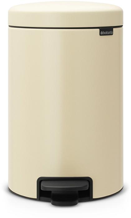 Мусорный бак с педалью Brabantia NewIcon, 12 л. 113468U110DFЭтот 12-литровый бак с педалью достаточно вместителен и при этом достаточно компактен для размещения под рабочим столом – отличное решение для кухни или гостиной. Бесшумный – плавное закрывание крышки и необыкновенно мягкий ход педали.Не пропускает запах – плотно прилегающая крышка.Устойчивый – специальное устройство, предотвращающее опрокидывание бака.Не повреждает пол – нескользящее основание.Удобная очистка –съемное внутреннее пластиковое ведро.Бак удобно перемещать – специальная ручка в блоке крепления крышки.Всегда опрятный вид – в комплекте идеально подходящие по размеру мешки для мусора PerfectFit (размер C). Сертификат соответствия концепции регенерации Cradle to Cradle.Изготовлен на 40% из переработанных материалов, подлежит вторичной переработке вместе с упаковкойна 98%. 10 лет гарантии.Brabantia c заботой о вашем доме и планете. Добрые дела сегодня – залог счастливого завтра. Мусорные баки с педалью newIcon не только безупречно красивы, они еще и надежные работники! Покупая этот бак, вы вносите вклад в крупнейший проект по очистке мирового океана от пластикового мусора, реализуемый организацией Ocean Cleanup. При продаже каждого бака Brabantia осуществляет благотворительный вклад в проект. Разве это не здорово?