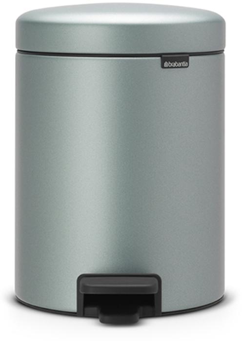 Мусорный бак с педалью Brabantia NewIcon, 5 л. 112942112942Этот 5-литровый бак с педалью идеально подходит для ванной, туалета или детской комнаты. Бесшумный – плавное закрывание крышки и необыкновенно мягкий ход педали. Не пропускает запах – плотно прилегающая крышка. Устойчивый – специальное устройство, предотвращающее опрокидывание бака. Не повреждает пол – нескользящее основание. Удобная очистка – съемное внутреннее пластиковое ведро. Всегда опрятный вид – в комплекте идеально подходящие по размеру мешки для мусора PerfectFit (размер В). Сертификат соответствия концепции регенерации Cradle to Cradle. Изготовлен на 40% из переработанных материалов, подлежит вторичной переработке вместе с упаковкойна 98%. 10 лет гарантии. Brabantia c заботой о вашем доме и планете. Добрые дела сегодня – залог счастливого завтра. Мусорные баки с педалью newIcon не только безупречно красивы, они еще и надежные работники! Покупая этот бак, вы вносите вклад в крупнейший проект по очистке мирового океана от пластикового...