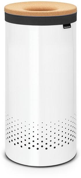 Бак для белья Brabantia, 35 л. 10436710436735-литровый бак для белья Brabantia выполнен из стойких к коррозии материалов и идеально подходит для влажных помещений. Благодаря классическому дизайну бак легко впишется в интерьер Вашей ванной комнаты! Изготовлен из коррозионностойких материалов (нержавеющая сталь и пластик). Металлическая крышка с отверстием, которое позволяет положить мелкие предметы в бак, не открывая крышку. Пластиковое защитное кольцо предотвращает повреждение пола. Вентиляционные отверстия на корпусе позволяют содержимому бака дышать, что позволяет избежать появления неприятного запаха. Съемный мешок для белья легко менять. Благодаря прорезиненным краям мешок не соскальзывает в корзину. В комплект входит съемный моющийся мешок для белья. •Гарантия 10 лет.