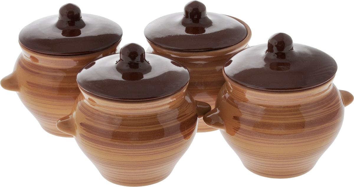 Набор горшочков для запекания Борисовская керамика Стандарт, с крышками, 500 мл, цвет: коричневый, темно-коричневый, 4 штОБЧ00000079_коричневый, темно-коричневый, полосыНабор Борисовская керамика Стандарт состоит из 4 горшочков для запекания с крышками. Каждый предмет набора выполнен из высококачественной керамики. Уникальные свойства красной глины и толстые стенки изделия обеспечивают эффект русской печи при приготовлении блюд. Блюда, приготовленные в керамическом горшке, получаются нежными и сочными. Вы сможете приготовить мясо, сделать томленые овощи и все это без капли масла. Это один из самых здоровых способов готовки. Можно использовать в духовке и микроволновой печи. Диаметр горшка (по верхнему краю): 9,5 см. Высота стенок: 9,6 см. Объем: 500 мл.