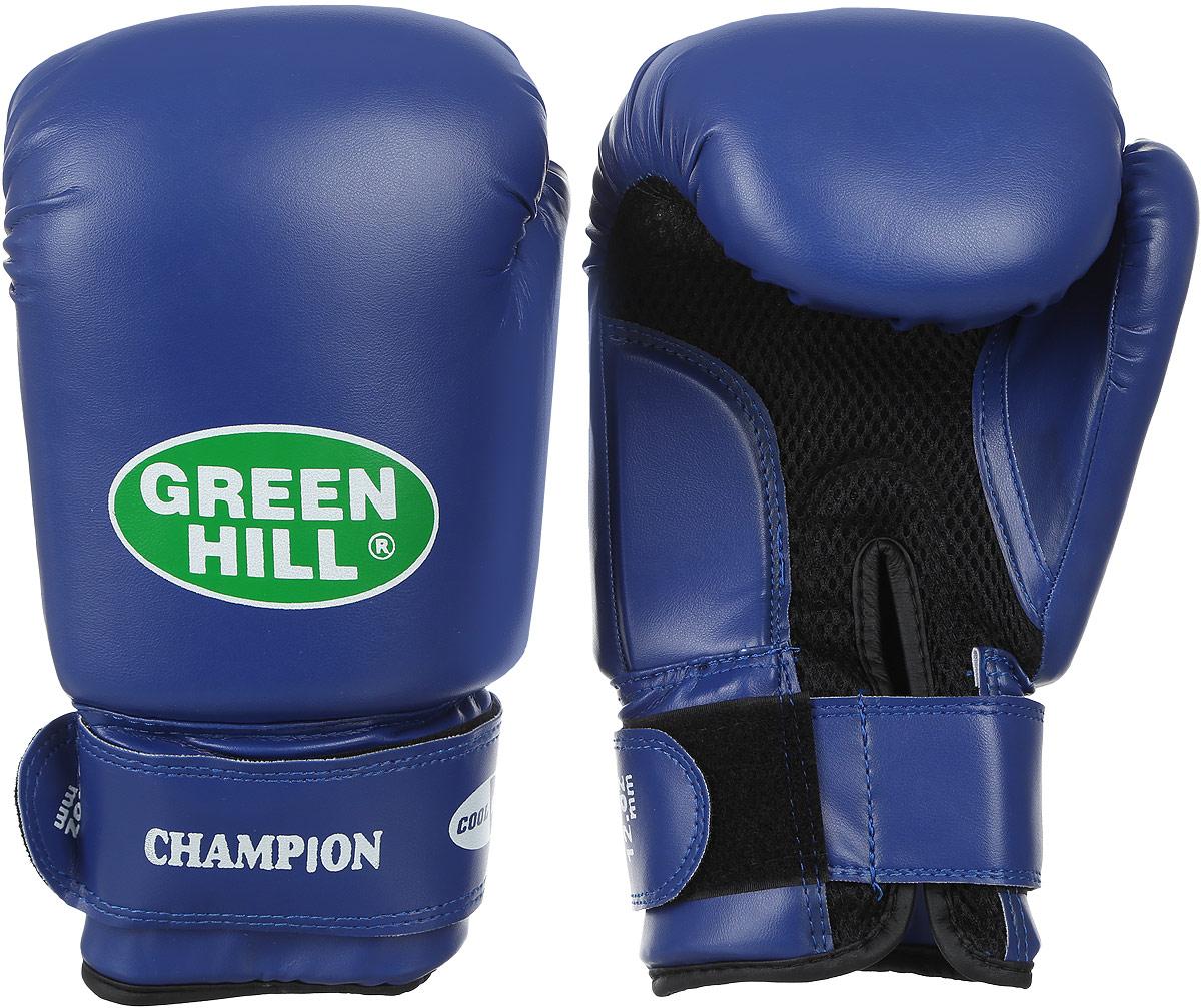 Боксерские перчатки Green Hill Champion, цвет: темно-синий. BGC-2040bBGC-2040bПерчатки боксерские. Верх сделан из синтетической кожи, ладонь из замши со вставкой из прочной сетки. Перчатка хорошо проветривается благодаря системе воздухообмена. Манжет на «липучке».