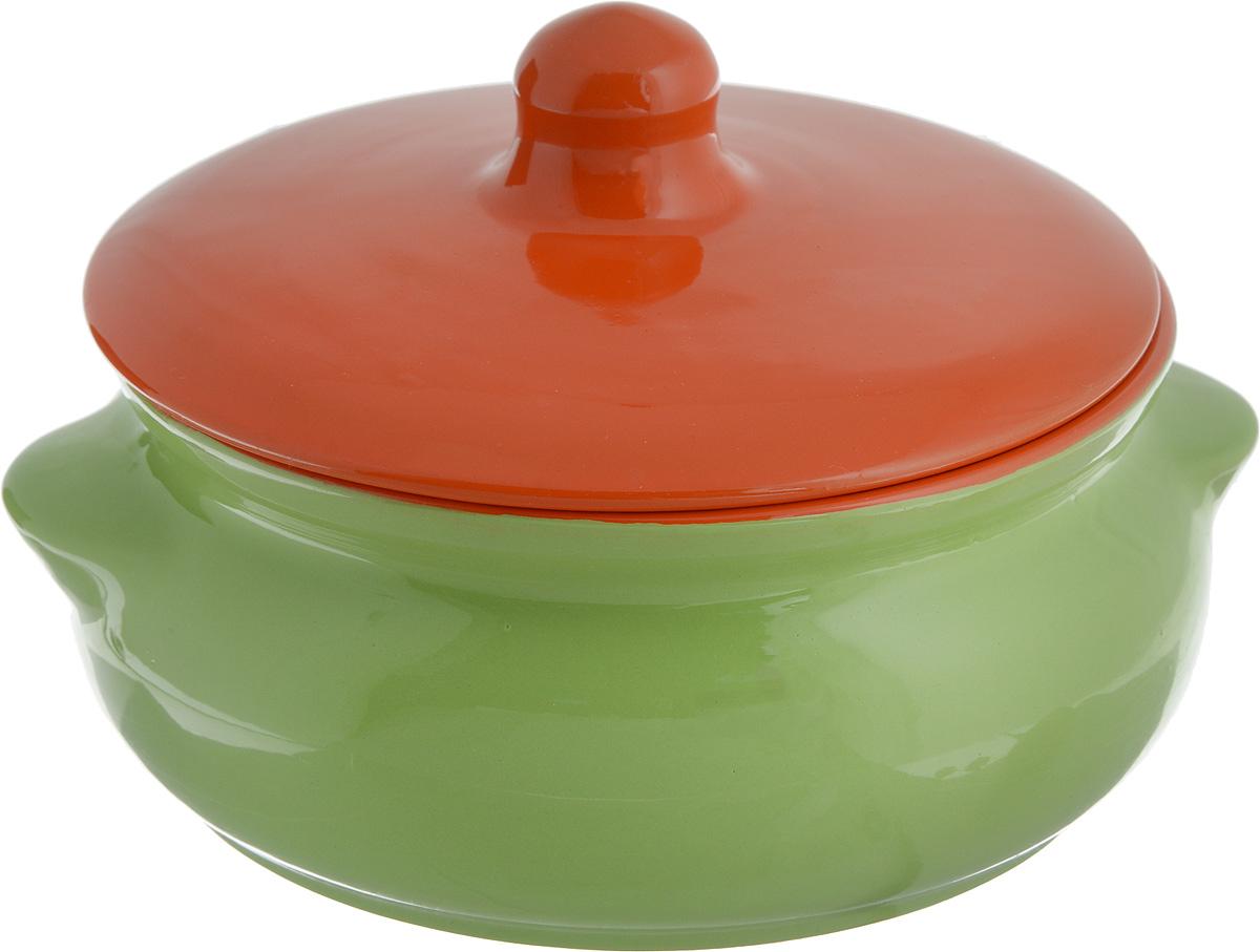 Горшок для запекания Борисовская керамика Радуга, с крышкой, цвет: салатовый, оранжевый, 700 млРАД00000380_салатовый, оранжевыйГоршок для запекания Борисовская керамика Радуга выполнен из высококачественной керамики. Уникальные свойства красной глины и толстые стенки изделия обеспечивают эффект русской печи при приготовлении блюд. Блюда, приготовленные в керамическом горшке, получаются нежными и сочными. Вы сможете приготовить мясо, сделать томленые овощи и все это без капли масла. Это один из самых здоровых способов готовки. По бокам изделия имеются небольшие выступы-ручки. Горшочек дополнен удобной крышкой. Можно использовать в духовке и микроволновой печи. Диаметр горшка (по верхнему краю): 15 см. Высота стенок: 7 см. Объем: 700 мл.