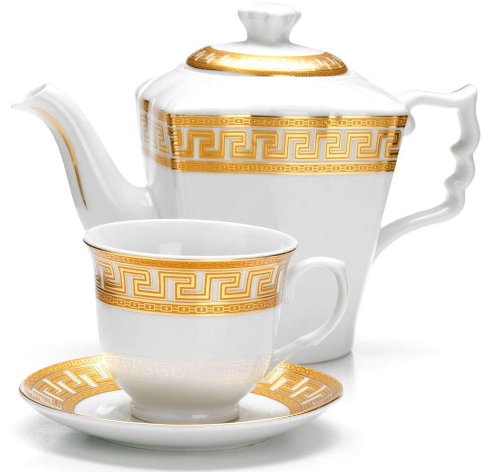 Чайный сервиз Loraine, 13 предметов (1 л + 220 мл), подарочная упаковка. 2642526425Чайный набор Loraine на 6 персон выполнен из высококачественного фарфора белого цвета и украшен золотым орнаментом. Изящный дизайн придется по вкусу и ценителям классики, и тем, кто предпочитает утонченность и изысканность. Набор упакован в стильную подарочную коробку, оформленную изнутри белой атласной тканью. Каждый предмет надежно зафиксирован внутри коробки благодаря специальным выемкам. Чайный набор - идеальный и необходимый подарок для Вашего дома и для ваших друзей в праздники, юбилеи и торжества! Также он станет отличным корпоративным подарком и украшением любой кухни. Подходит для мытья в посудомоечной машине. В наборе: 6 чашек, 6 блюдец и заварочный чайник.