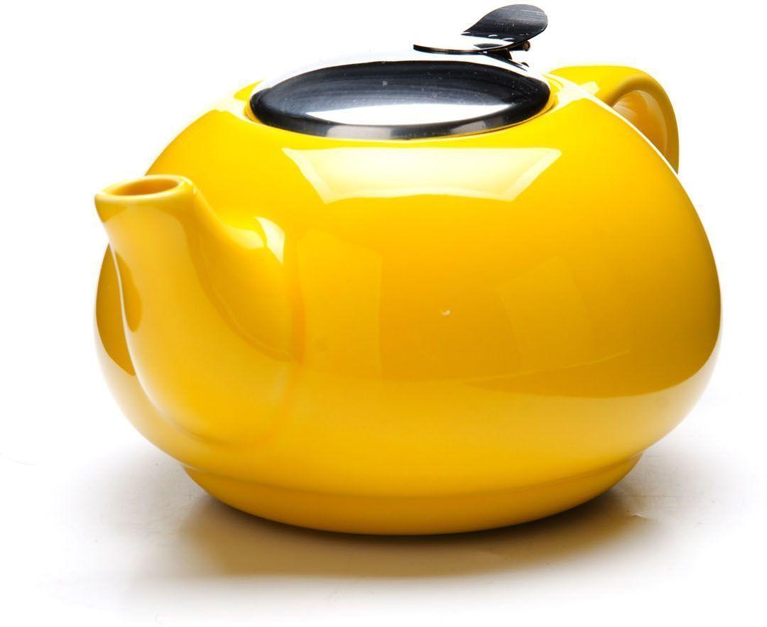 Заварочный чайник Loraine, цвет: желтый, 750 мл. 26596-2CM000001328Заварочный чайник выполнен из высококачественной цветной керамики. Фильтр, из нержавеющей стали, для заваривания раскроет букет чая и не позволит чаинкам попасть в чашку. Удобная металлическая крышка поддержит нужную температуру для заваривания чая. Керамический чайник прост и удобен в применении, чайник легко мыть. Не ставьте чайник на открытый огонь и нагревающиеся поверхности. Подходит для мытья в посудомоечной машине.