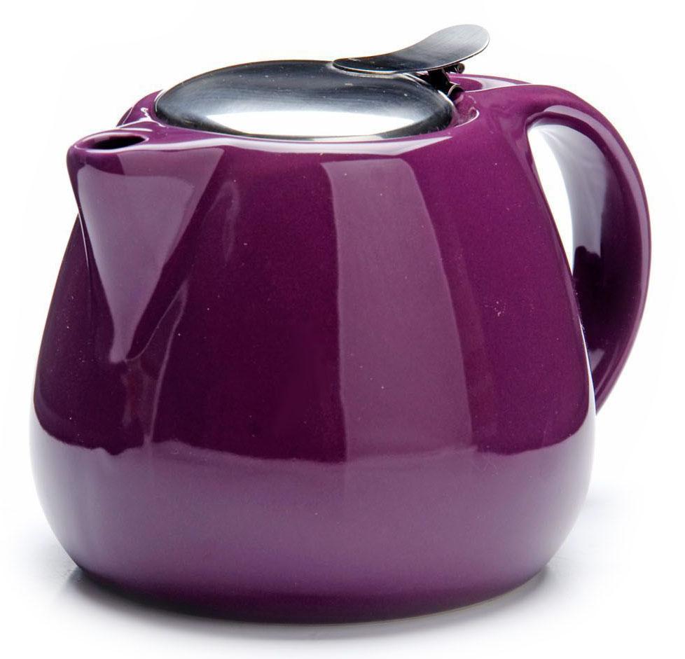 Заварочный чайник Loraine, цвет: фиолетовый, 750 мл. 2659726597Заварочный чайник выполнен из высококачественной цветной керамики. Фильтр, из нержавеющей стали, для заваривания раскроет букет чая и не позволит чаинкам попасть в чашку. Удобная металлическая крышка поддержит нужную температуру для заваривания чая. Керамический чайник прост и удобен в применении, чайник легко мыть. Не ставьте чайник на открытый огонь и нагревающиеся поверхности. Подходит для мытья в посудомоечной машине.