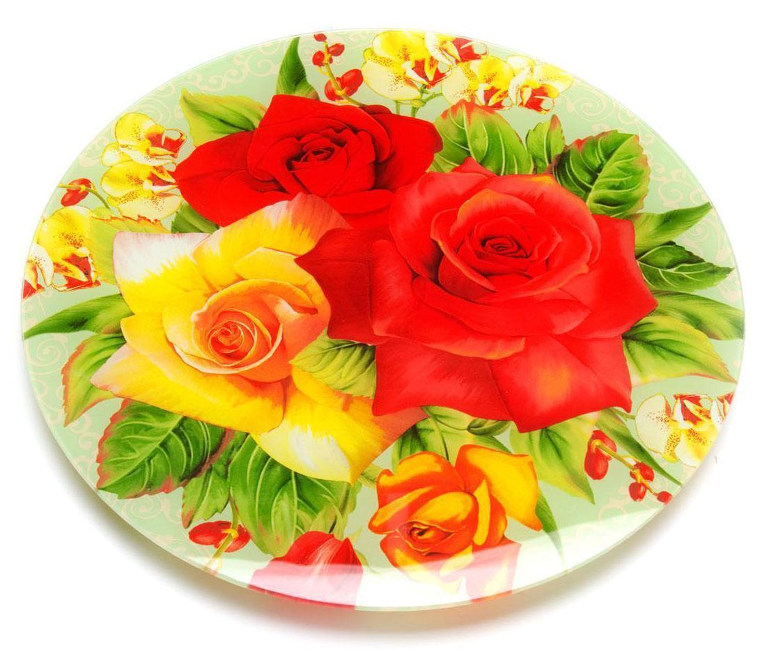 Тортовница Loraine, вращающаяся, диаметр: 30,6 см. 26629-526629-5Вращающаяся тортовница Loraine выполнена из качественного закаленного стекла и украшена ярким рисунком. Изделие идеально подойдет для сервировки не только торта и десертов, но и различных закусок. Вращающийся механизм позволит вам легко их нарезать и взять, не пододвигая постоянно подставку. Оригинальная и стильная тортовница станет достойным украшением вашего праздничного стола. Посуда обладает непористой поверхностью и не впитывает запахи. Легко и быстро моется.