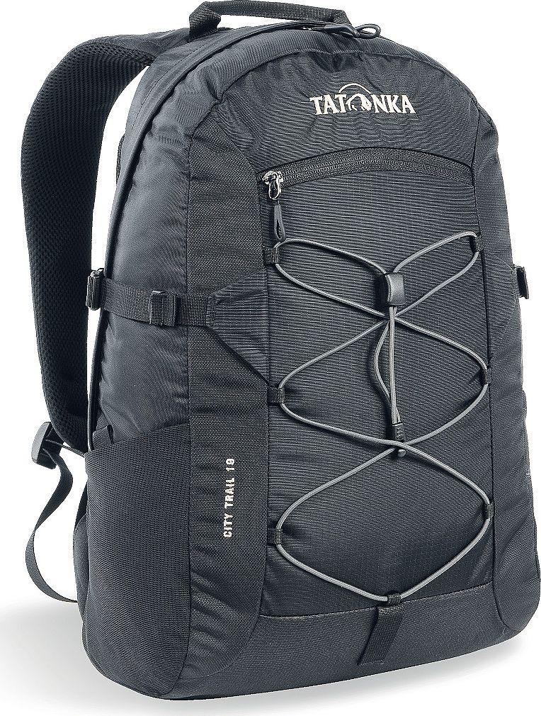 Рюкзак городской Tatonka City Trail, цвет: черный, 19 л1621.040City Trail 19 идеален для ежедневного использования. Спинка Vent Comfort Back System обеспечит вентиляцию даже в жаркий день. Рюкзак оснащен прилегающим к спине карманом для ноутбука 15,4 дюйма. Карман не доходит до дна рюкзака, таким образом, даже если неаккуратно поставить рюкзак на пол, ноутбук будет в сохранности. Основное отделение закрывается на молнию с двумя бегунками. Эластичная стропа по центру рюкзака позволяет закрепить велошлем или куртку.