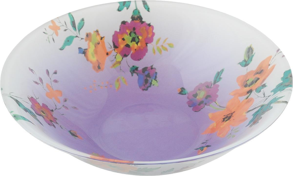 Салатник Luminarc Maritsa Purple, диаметр 16,5 смJ7605Салатник Luminarc Maritsa Purple выполнен из высококачественного стекла. Он прекрасно впишется в интерьер вашей кухни и станет достойным дополнением к кухонному инвентарю. Салатник Luminarc Maritsa Purple создаст весеннее настроение на вашей кухне. В нем ваши любимые салаты будут смотреться по особенному свежо и аппетитно. Можно мыть в посудомоечной машине и использовать в СВЧ. Диаметр салатника (по верхнему краю): 16,5 см. Высота стенки салатника: 5 см.