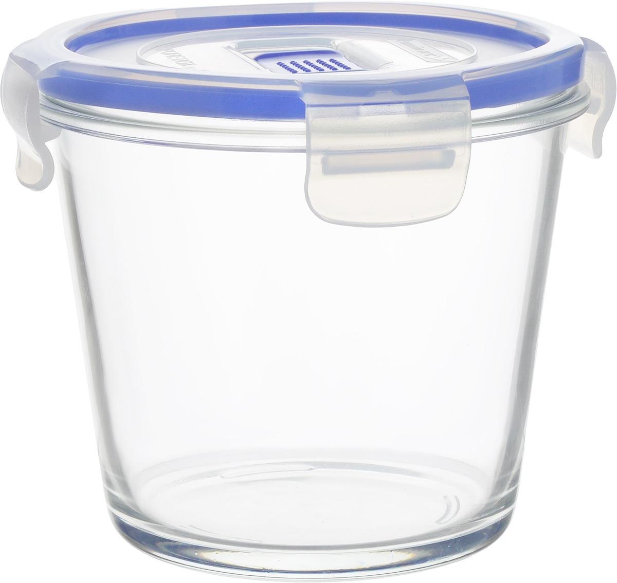 Контейнер Luminarc Pure Box Active, цвет: прозрачный, васильковый, 840 млVT-1520(SR)Круглый контейнер Luminarc Pure Box Active изготовлен из жаропрочного закаленного стекла и предназначен для хранения любых пищевых продуктов. Благодаря особым технологиям изготовления, контейнер в течении времени службы не меняет цвет и не пропитывается запахами. Пластиковая крышка с силиконовой вставкой герметично защелкивается специальным механизмом. Контейнер Luminarc Pure Box Active удобен для ежедневного использования в быту.Подходит для хранения в холодильнике. Можно мыть в посудомоечной машине и использовать в СВЧ.Размер контейнера (без учета крышки): 13 х 13 х 11 см.