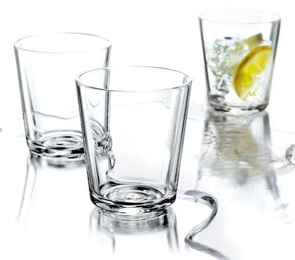 Стаканы Eva Solo, 6 х 250 мл. 567425567425Набор из 12 стаканов для холодных и горячих (до 130°С) напитков. Также стаканы можно использовать для десертов. Прочное выдувное стекло. Объем 250 мл, простая и стильная форма. Стаканы подойдут для ежедневного использования и отлично будут смотреться на праздничном столе.
