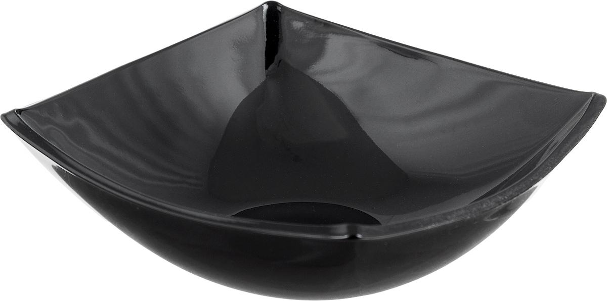 Салатник Luminarc Quadrato, цвет: черный, 14 х 14 смH3669Квадратная тарелка Luminarc Quadrato изготовлена из ударопрочного стекла и устойчива к резким перепадам температуры. Оригинальный салатник Luminarc Quadrato выполнен в духе азиатских традиций и станет идеальным вариантом для подачи салатов тайской кухни. Тарелка не нуждается в особо бережном уходе, её можно мыть в посудомоечной машине и использовать в СВЧ.