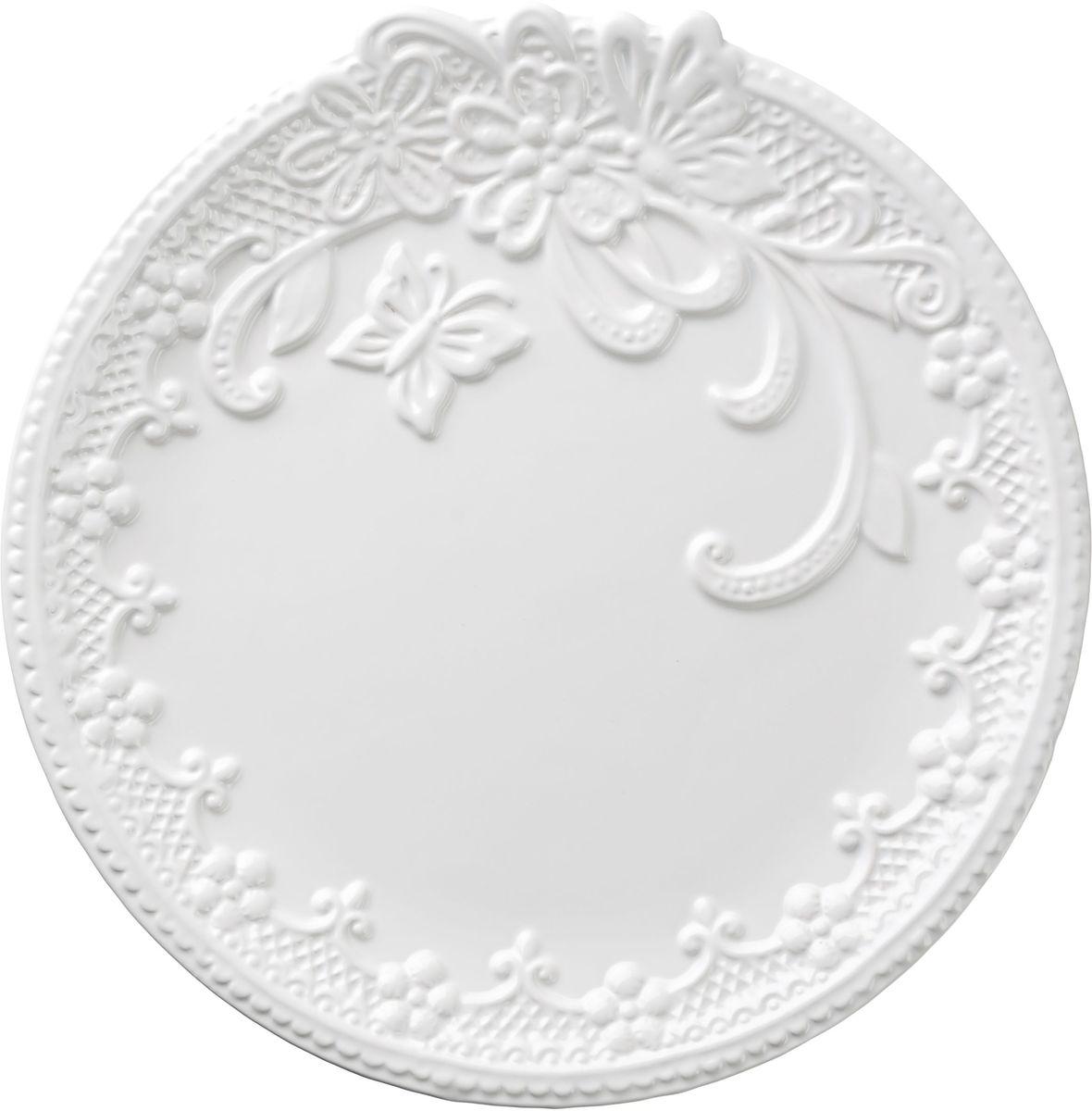 Тарелка Vetta Бабочка, диаметр 26 смVT-1520(SR)Тарелка Бабочка, выполненная из высококачественной керамики белого цвета, украшена рельефным рисунком в виде узоров, бабочек и цветов. Такая тарелка прекрасно подойдет как для торжественных случаев, так и для повседневного использования. Идеальна для подачи вторых блюд. Тарелка Бабочка прекрасно оформит стол и станет отличным дополнением к вашей коллекции кухонной посуды.