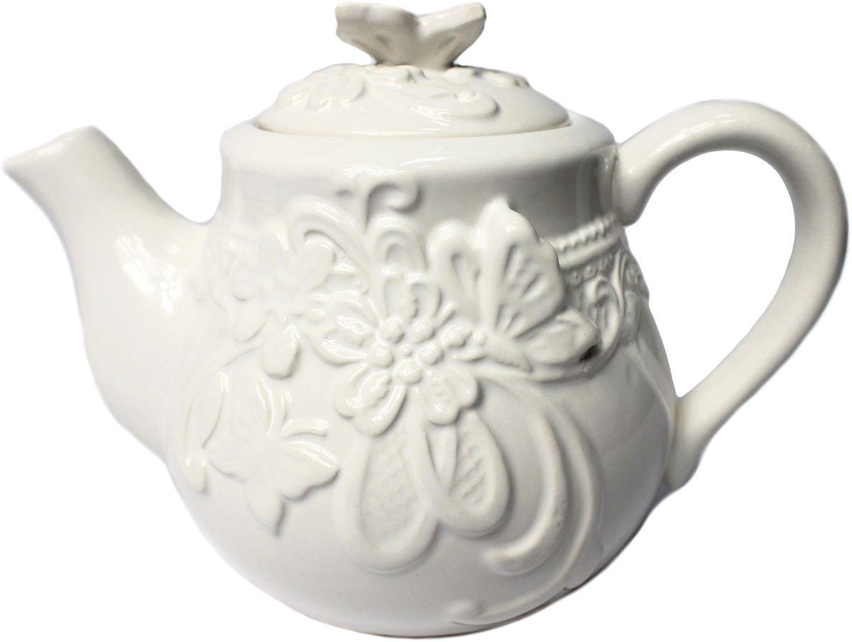 Чайник заварочный Vetta Бабочка, 750 мл824786Заварочный чайник Бабочка изготовлен из высококачественной керамики. Изделие прекрасно подходит для заваривания вкусного и ароматного чая, а также травяных настоев. Отверстия в основании носика препятствуют попаданию чаинок в чашку. Праздничный дизайн сделает чайник настоящим украшением стола.