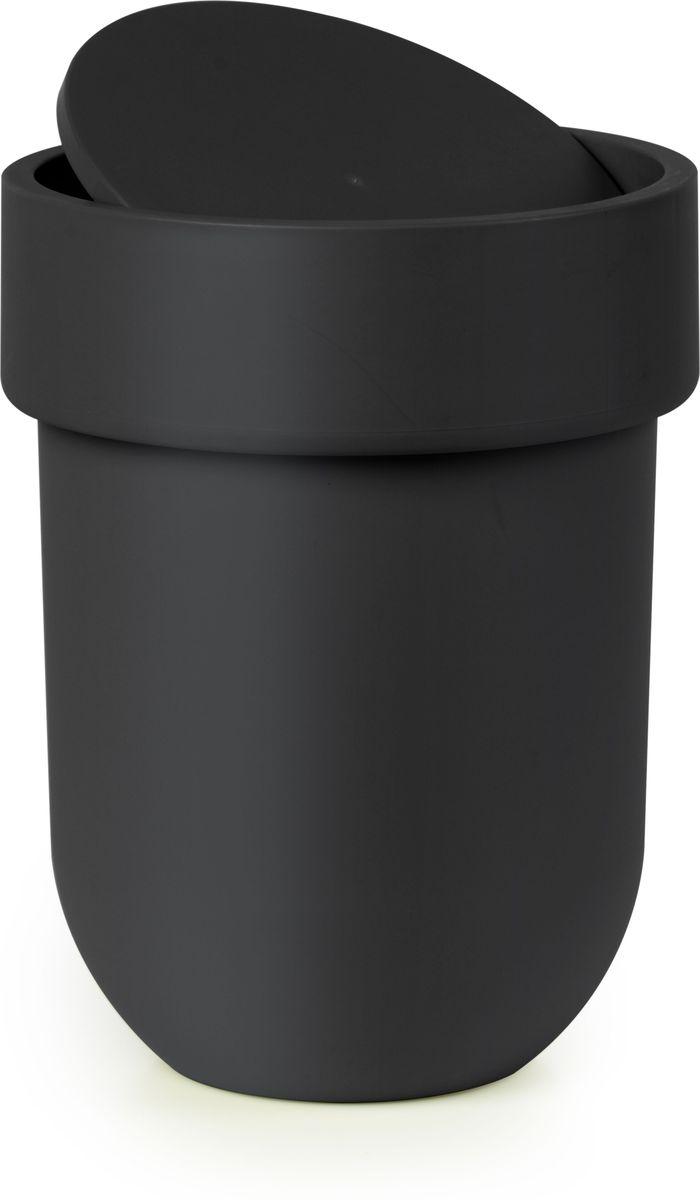 Контейнер мусорный Umbra Touch, с крышкой, цвет: черный, 25,4 х 19 х 19 см023269-040Как много всего ненужного можно обнаружить на столе: скомканные бумаги для заметок, упаковки от шоколадок, старые скрепки и скобы для степлера. Отправьте весь этот хлам в мусорное ведро, чтобы сделать жизнь чище и упорядоченнее. Лаконичный и простой контейнер Touch не займет много места и будет прилежно исполнять свои обязанности по накоплению мусора.