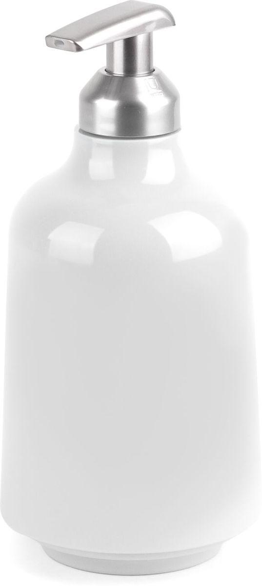 Диспенсер для жидкого мыла Umbra Step, цвет: белый, 19 х 8,3 х 8,3 см023838-660Мыло душистое, полотенце пушистое - если мыть руки, то с этим слоганом. Потому что приятно пахнущее мыло, например, ванильное или земляничное, поднимает настроение. А если оно внутри красивого диспенсера, который поможет отмерить нужное количество, это вдвойне приятно. Те, кто покупает жидкое мыло, знают, что очень часто оно продается в некрасивых упаковках или очень больших бутылках, которые совершенно неудобно ставить на раковину. Проблема решена вот с таким лаконичным симпатичным диспенсером. Теперь вы не забудете вымыть руки перед едой! P.S. (Важная подсказка): диспенсер также можно использовать на кухне для моющего средства, получается очень экономно.