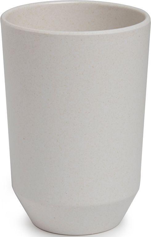 Стакан для ванной Umbra Fiboo, цвет: экрю, 10,5 х 8,1 х 8,1 см68/5/3Стакан для воды запросто может служить и подставкой для зубных щёток. Изготовлен из комбинированного материала (меламин и бамбуковое волокно), который отличает экологичность, износостойкость и уникальный матовый эффект. Дизайн: Wesley Chau