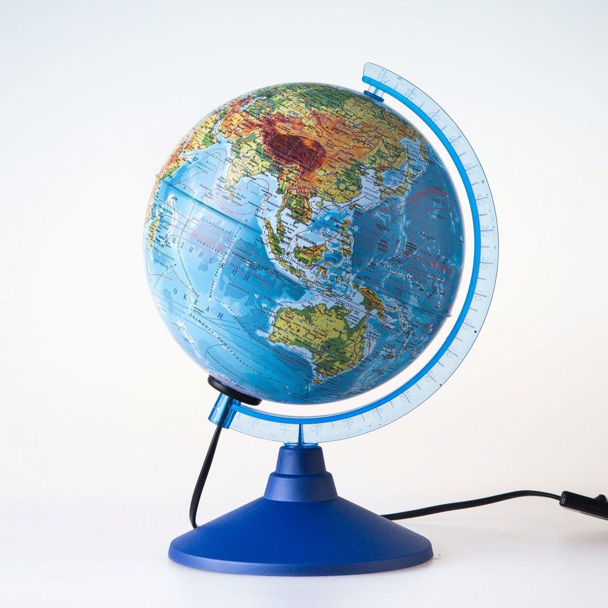 Глобен Глобус физический Классик Евро диаметр 15 см1072878Глобус для всех, глобус каждому! Глобус — самый простой способ привить ребенку любовь к географии. Он является отличным наглядным примером, который способен в игровой доступной и понятной форме объяснить понятия о планете Земля. Также интерес к глобусам проявляют не только детки, но и взрослые. Для многих уменьшенная копия планеты заменяет атлас мира из-за своей доступности и универсальности. Умный подарок! Кому принято дарить глобусы? Всем! Глобус физический диаметр 150мм Классик Евро с подсветкой — это уменьшенная копия земного шара, в которой каждый найдет для себя что-то свое. путешественники и заядлые туристы смогут отмечать с помощью стикеров те места, в которых побывали или собираются их посетить деловые и успешные люди оценят такой подарок по достоинству, потому что глобус ассоциируется со статусом и властью преподаватели, ученые, студенты или просто неординарные личности также найдут для глобуса достойное место в своем доме. Итак,...