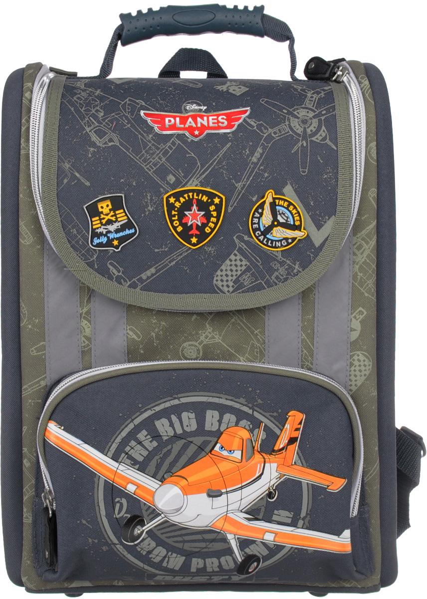Planes Рюкзак детский цвет темно-серый PLAB-RT2-110PLAB-RT2-110Детский рюкзак Planes - это необходимый аксессуар для любого школьника. Спинка рюкзака выполнена из высокотехнологичного водонепроницаемого упругого материала, анатомически расположенные поролоновые вставки и специальная сетка для воздухообмена обеспечивают максимальный комфорт. Прочная облегченная пластиковая вставка служит для создания анатомического эффекта при ношении рюкзака за спиной. Независимо от загруженности рюкзака, пластиковая вставка гарантирует оптимальное и равномерное распределение нагрузки на спину ребенка, что является эффективным средством по предотвращению детского сколиоза. Боковые стороны выполнены из высокотехнологичного водонепроницаемого материала и укреплены EVA для обеспечения жесткости конструкции и правильного распределения нагрузки. Увеличенная ширина лямок позволяет снизить нагрузку на надплечье. Регулируемая длина гарантирует, что рюкзак подойдет ребенку любого роста. Резиновая ручка анатомической формы...
