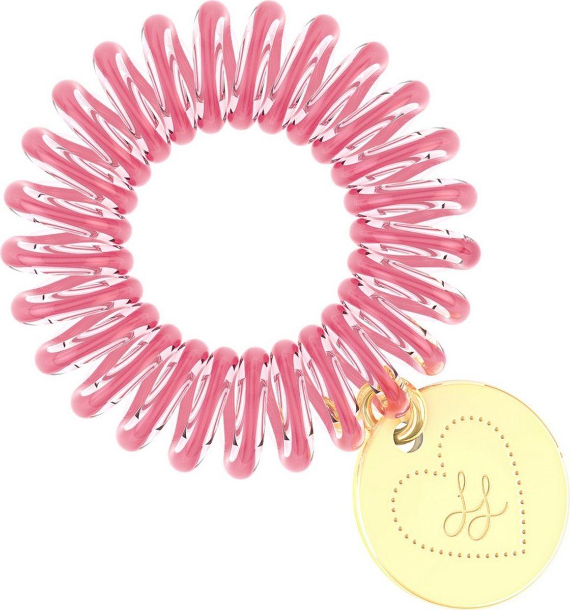 Invisibobble Резинка-браслет для волос ORIGINAL Lisa & Lena3073Лимитированная модель invisibobble лилово-розового оттенка выпущена в коллаборации со знаменитыми молодежными блогерами Lisa & Lena. Резинку-браслет украшает подвеска золотого цвета с выгравированными инициалами LL - символом лучших друзей. Резинки-браслеты invisibobble подходят для всех типов волос, надежно фиксируют прическу, не оставляют заломы и не вызывают головную боль. Кроме того, они не намокают и не вызывают аллергию при контакте с кожей, поскольку изготовлены из искусственной смолы.