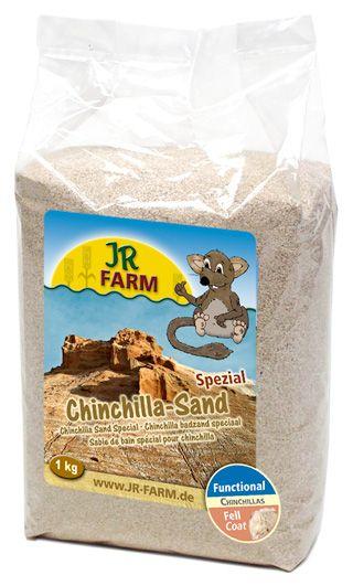 Песок для шиншилл JR Farm, 1 кг25616Песок для шиншилл JR Farm. Из сепиолита, содержащего глину, который, в отличие от обычного песка, не содержит кварц, и поэтому отлично удаляет жир и другие примеси из меха шиншиллы. Песчинки имеют округлую форму, без острых краёв, благодаря этому мех не будет тускнеть и ломаться. Состав: песок, без искусственных красителей и консервантов. Товар сертифицирован.