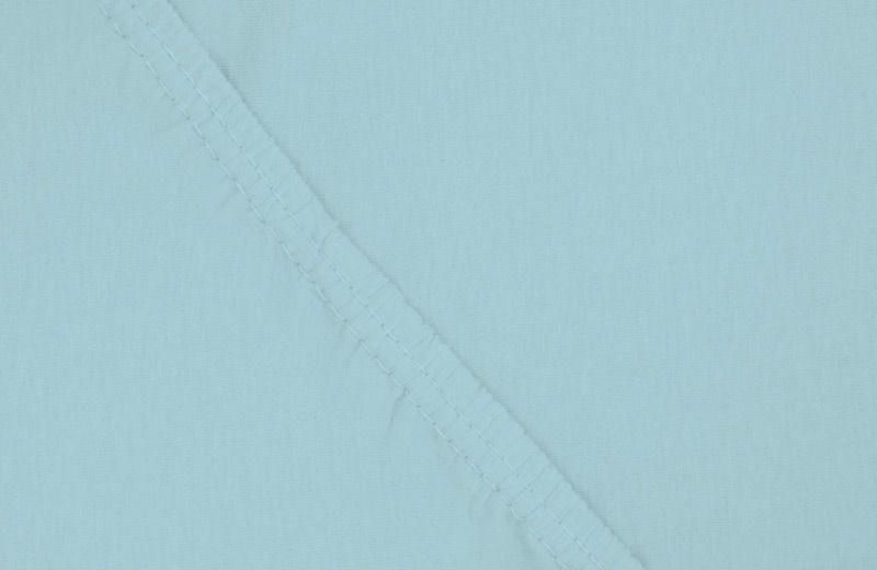 Простыня на резинке Ecotex, цвет: голубой, 180 х 200 смS03301004Здоровый сон – залог хорошего самочувствия на протяжении всего дня. Простыня на резинке по всему периметру – это очень удобно! Она всегда ровно, без единой морщинки, застилает матрас. Легко заправляется и фиксируется с помощью «юбки» с резинкой по всему периметру. Нежное прикосновение к телу бархатного на ощупь хлопка, мягкая фактура ткани – вот основное преимущество трикотажных простыней на резинке. Они практичны в уходе, не требуют глажения после стирки, мягкие, экологичные, защищают матрас от загрязнений.