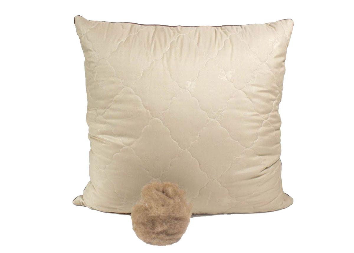 Подушка Peach, средняя, наполнитель: верблюжья шерсть, 70 х 70 смpch222659Средняя подушка Peach прекрасно подойдет тем, кто спит на спине. Наполнитель чехла выполнен из верблюжьей шерсти. Верблюжья шерсть славится своим прекрасным согревающим эффектом, так как способна долгое время сохранять тепло. Она помогает снять стресс и улучшить сон. Помимо этого, такая шерсть отличается терморегулирующим свойством и гигроскопичностью, то есть отлично пропускает воздух благодаря структуре своих волосков. Наполнитель ядра подушки - силиконизированное волокно (искусственный лебяжий пух). Чехол выполнен из микрофибры (100% полиэстер). Подушка простегана и окантована. Стежка надежно удерживает наполнитель внутри и не позволяет ему скатываться.